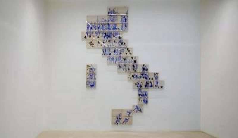 img800-lillusion-parfaite-la-mostra-parigina-dove-ruffo-racconta-lepopea-dei-migranti-119079